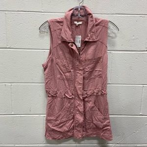 NEW Maurices Ladies Dusty Pink Sleeveless Top